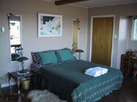Heron Room - Bed and Breakfast accommodations