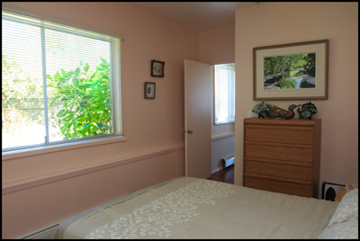 vacation rental suite- bedroom