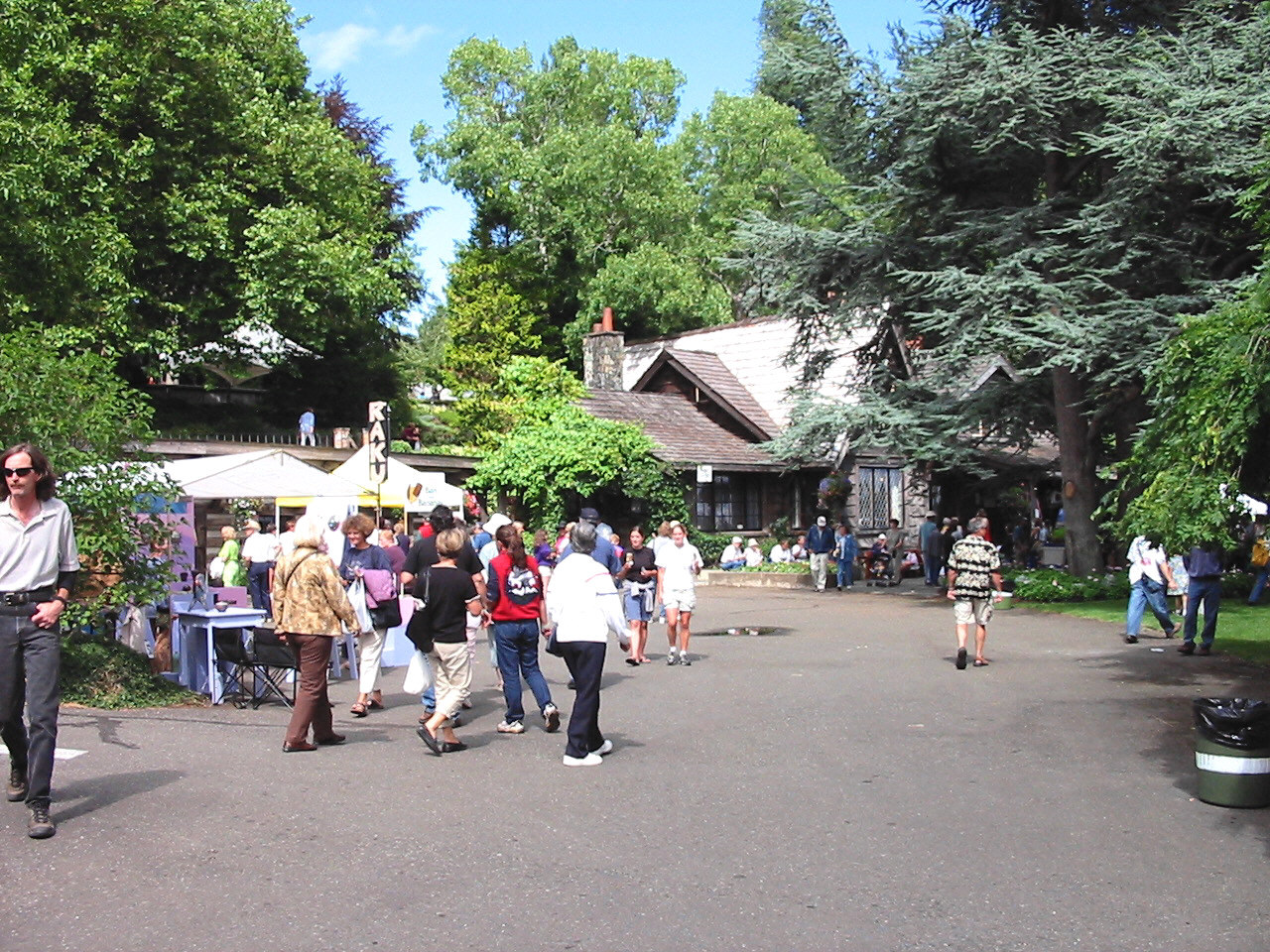 art and craft exhibits at Filberg Festival