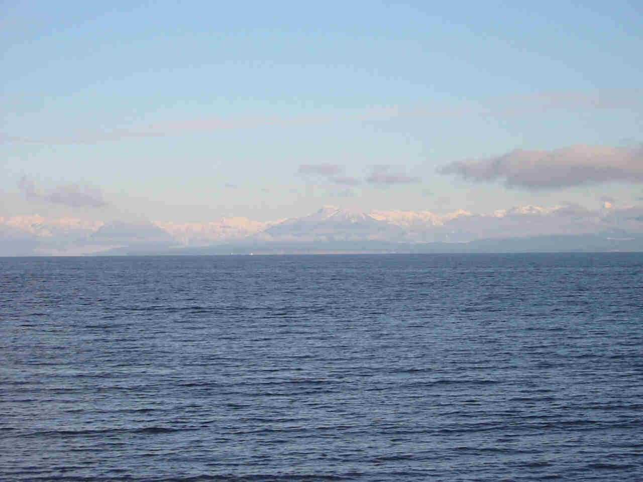 View of Copes' Islander Oceanfront bed and breakfast, Comox unterkunft Vancouver Island